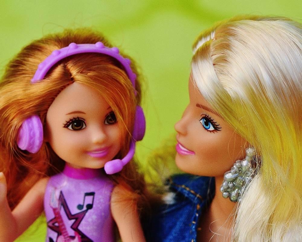 barbie et petite barbie enfant
